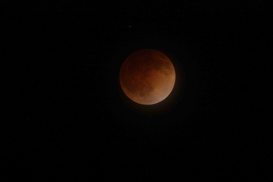LunarEclipse_Apr_15_2014_NASA_o