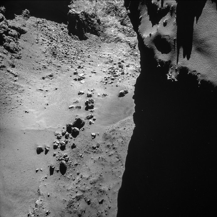Comet_on_17_October_2014_-_NavCam_node_full_image_2[1]