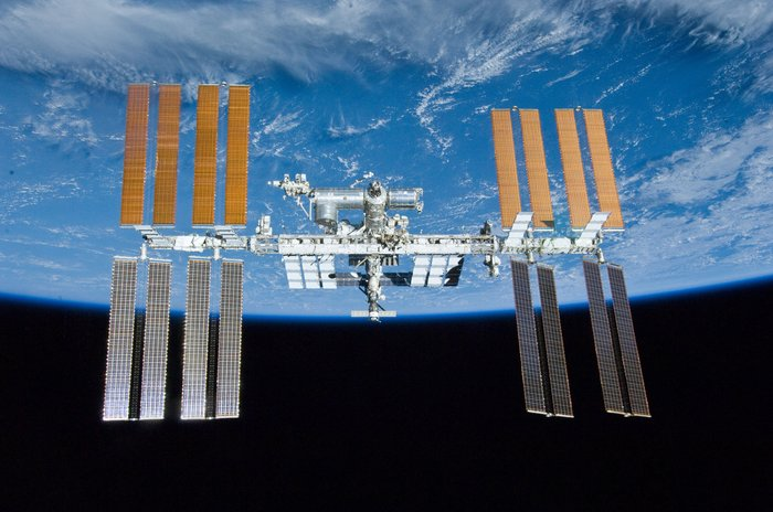 ISS_for_Earth_science_node_full_image_2[1]